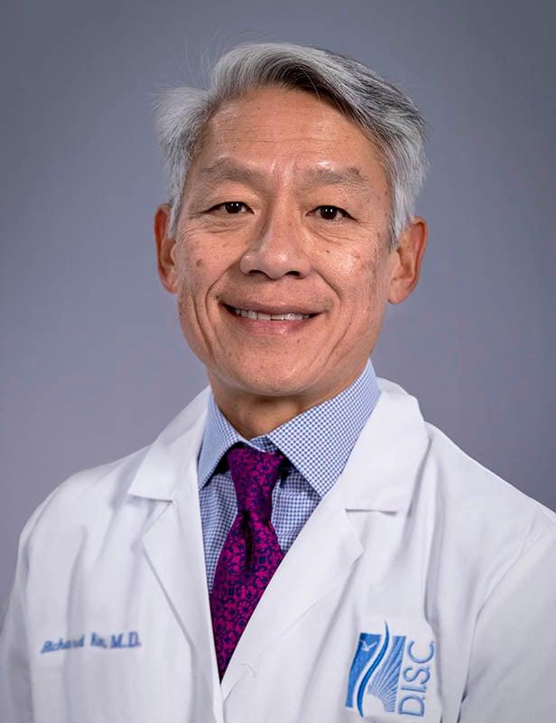 Dr.KimHeadshot_V01_02